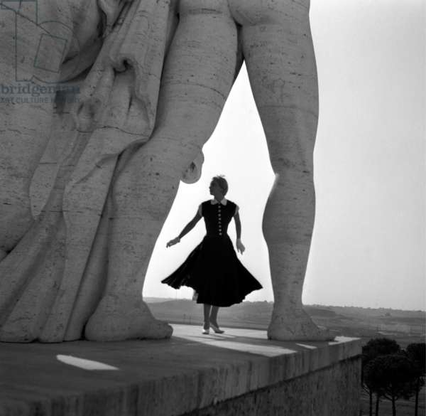 Fashion: Emilio Schuberth Spring/Summer collection, Stadio dei Marmi, Rome, Italy, 1953 (b/w photo)
