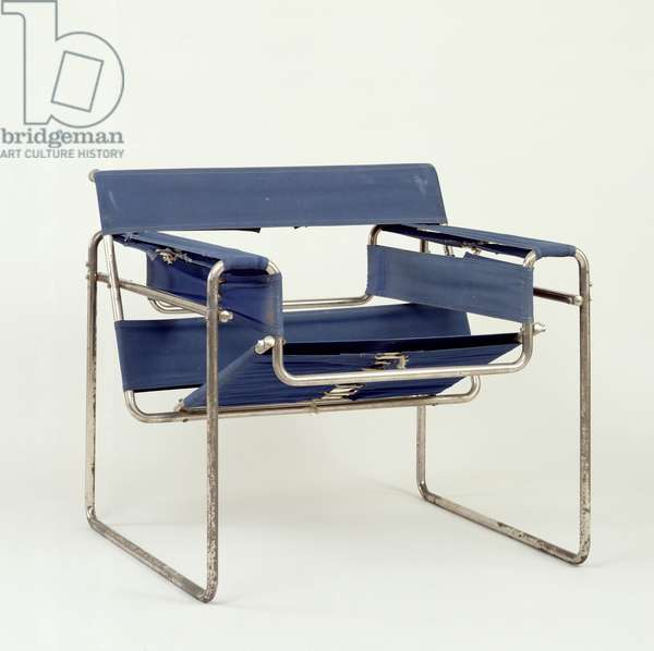 Club Chair B3 (Wassily) 1925 (bent steel tube frame, chromed)