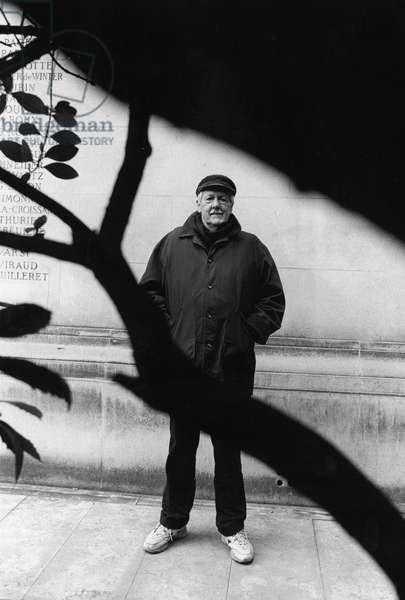 Braian Aldiss. Paris 2001.