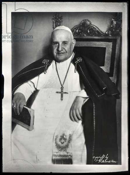 Portrait of Pope John XXIII (1881-1963) (b/w photo)