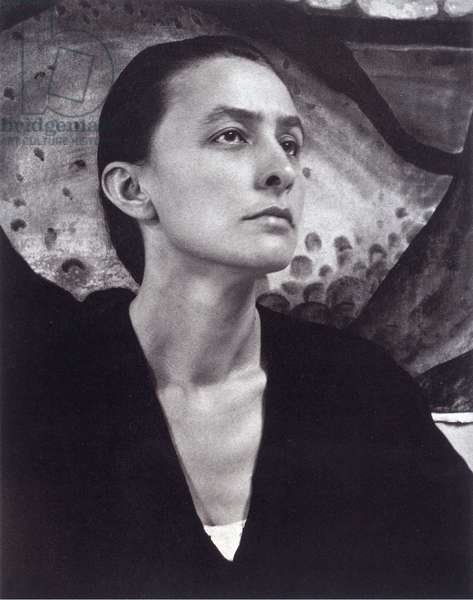 Portrait of Georgia O'Keeffe (1887-1986) , by Stieglitz, Alfred (1864-1946). Silver Gelatin, 1918 (b/w photo)