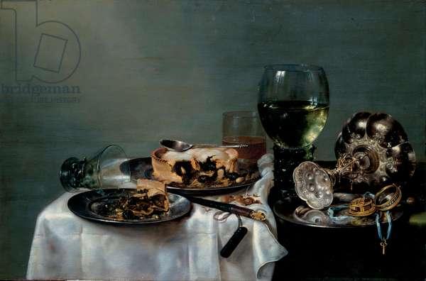 """""""""""Nature morte de table du petit-dejeuner avec tarte aux mures"""""""" (Breakfast Table with Blackberry Pie) Peinture de  Willem Claesz Heda (1594-1680) 1631 Dim 54x82 cm Oil on canvas Dresden State Art Collections Dresde"""