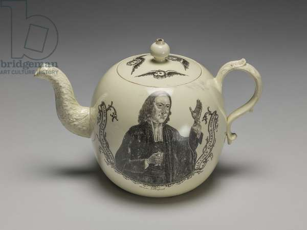 Teapot, Wedgwood Factory, Staffordshire, c.1775 (lead-glazed earthenware)