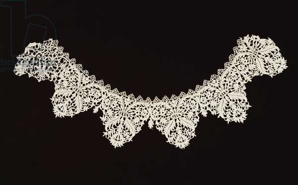 Collar, from Venice, 1625-50 (linen and needle lace)