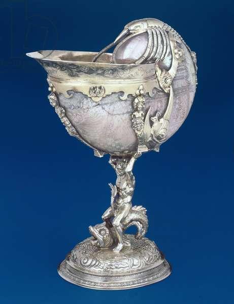 M.4-1938 Nautilus cup, 1585-86, English, London (shell and silver gilt)