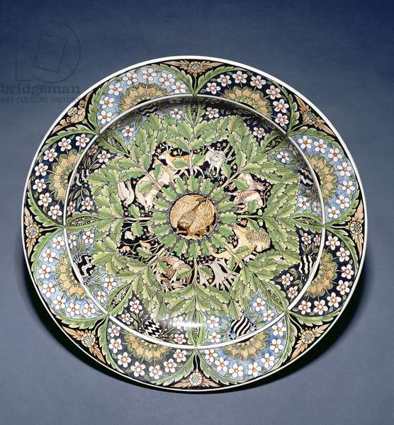Wedgwood dish, Etruria factory, c.1908 (earthenware painted in enamels)