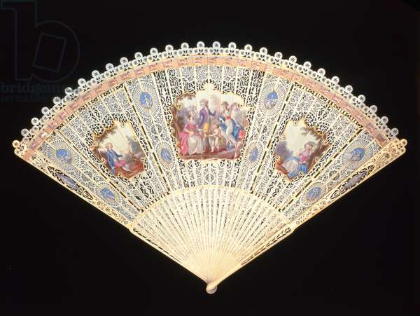 Brise Fan (known as the Mrs Fitzherbert Fan), English, pierced and painted ivory, c.1785