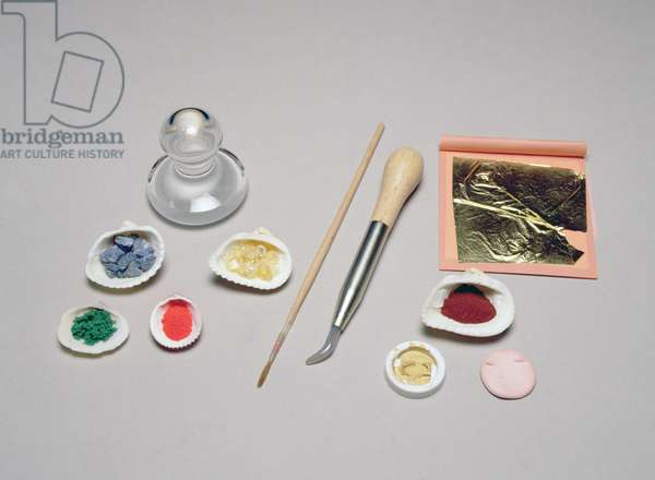Illumination tools and materials used in manuscript production (photo)