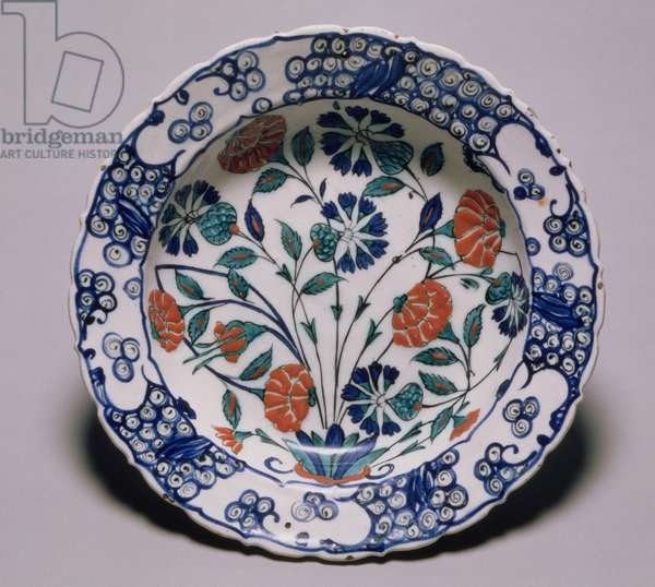 Iznik Dish, painted with roses and cornflowers, Turkey, c.1560-1580 (earthenware and siliceous glaze)