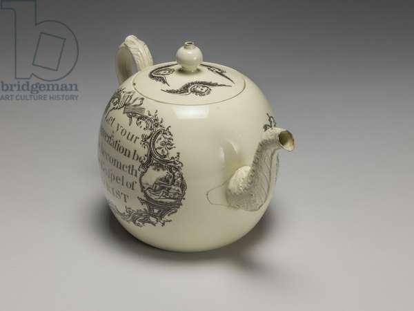 Teapot, Wedgwood Factory, Staffordshire, c.1775 (lead-glazed earthenware)