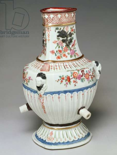 Three Sided Porcelain Fountain, from the Du Paquier Factory, Vienna, c.1725-35