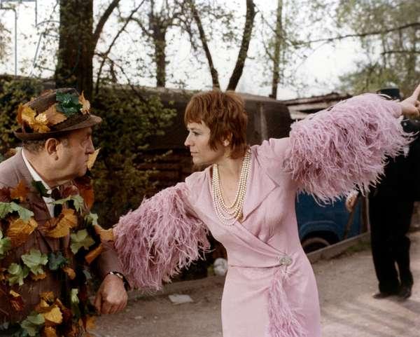 Elle cause plus ... elle flingue directed by Michel Audiard 1972