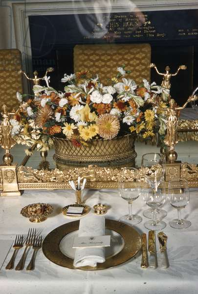 White House place setting for Jacqueline Kennedy (photo)