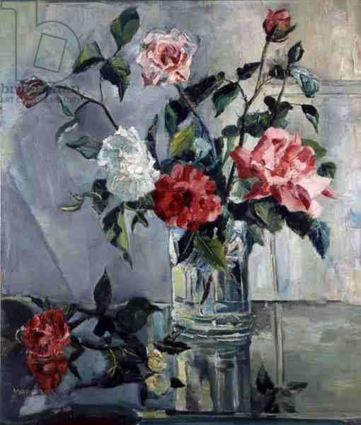 Roses on a Ledge in a Glass Vase, c.1922 (oil on canvas)