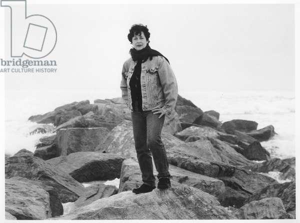 Lynda Benglis, East Hampton, New York, 1992 (b/w photo)