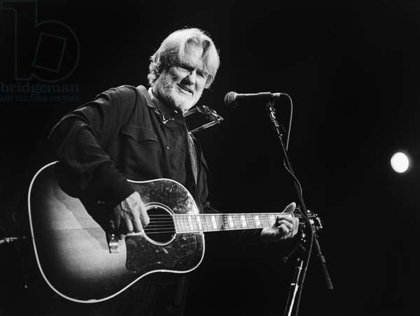 Kris Kristofferson (b/w photo)
