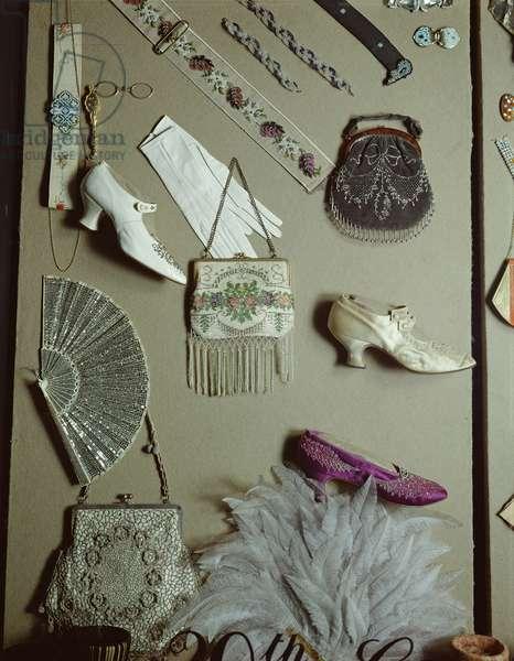 Costume accessories (photo)