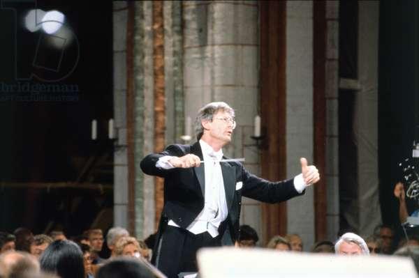 Gardiner John Eliot conducting