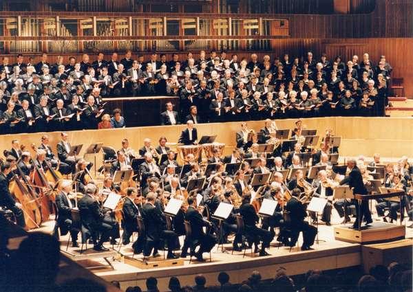 Daniel Barenboim conducting a