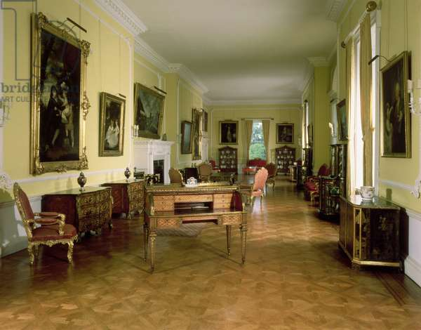 The Long Gallery looking north, Firle Place, Sussex (photo)
