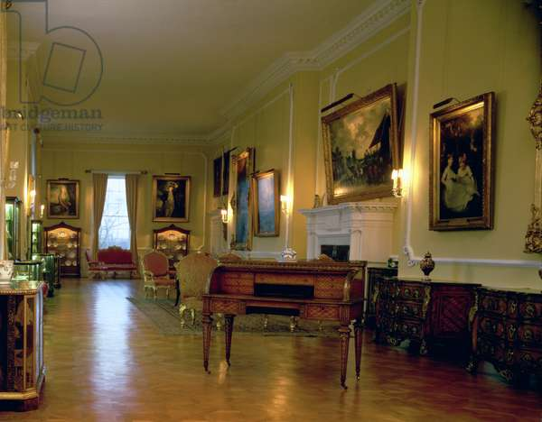 The Long Gallery looking south, Firle Place, Sussex (photo)