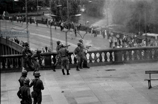 Warsaw, 31. 08. 1982. Zamkowy square riots on the anniversary of the uprising of 'Solidarnosc'.
