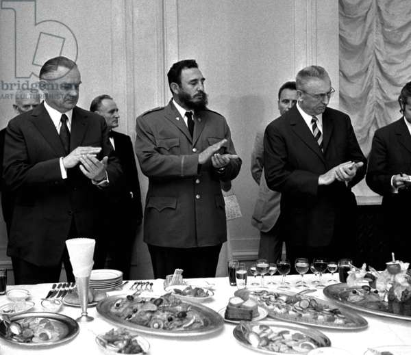 06.1972. Fidel Castro's visit to Poland. From left: Prime Minister Piotr Jaroszewicz, Fidel Castro and Edward Gierek.
