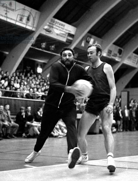 Poland, 06.1972. Fidel Castro playing basketball during his visit in Poland.