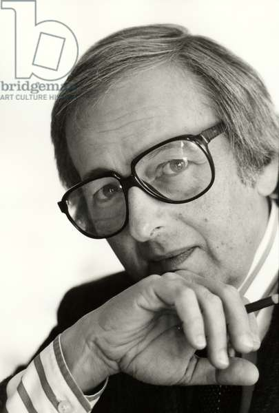 André Previn  wearing