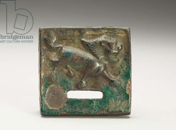 Ornamental plate with the figure of a lion, four pins at the back (bronze)
