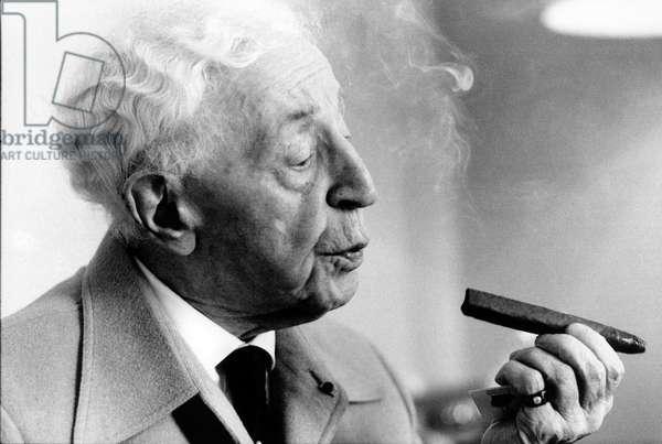 Artur Rubinstein with cigar in Lucerne, 1978