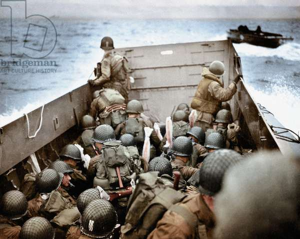 A Landing Craft, Vehicle, Personnel (LCVP) approaching Omaha Beach, Normandy, France, 6th June 1944 (photo)