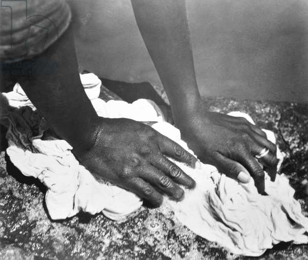 Hands of a Woman, Mexico, 1926 (b/w photo)