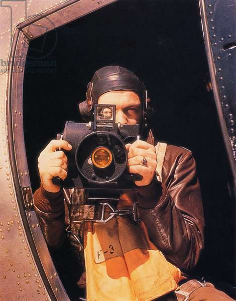 U.S. Air Force photographer Sergeant Brush with his Fairchild K20 camera for aerial photography, June 1944 (photo)