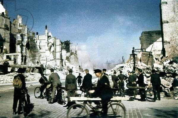 Hamburg Bombing 1945 (photo)