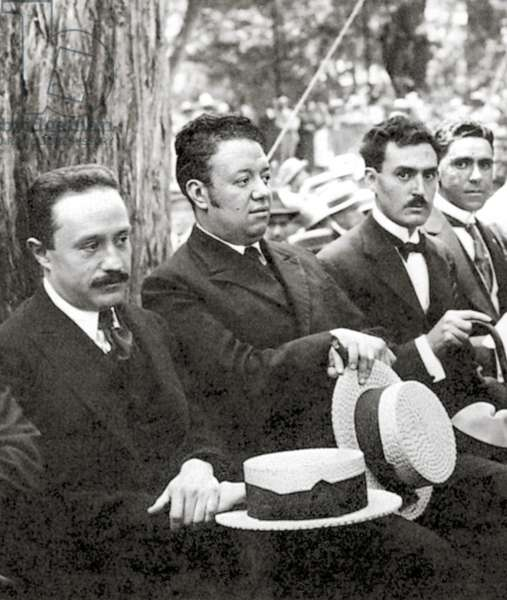 Jose Vasconcelos and Diego Rivera during an outdoor event at Chapultepec Park, Mexico City, 1921 (b/w photo)