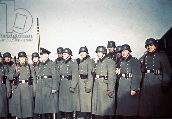 SS policemen who carried out deportations in the Lodz (Litzmannstadt) ghetto, Lodz, Poland, 1941 (photo)