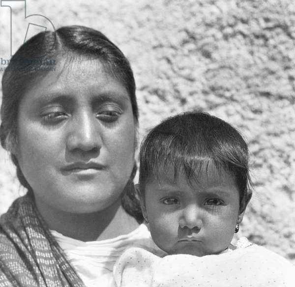 An Aztec Mother (Conchita with her mother Luz Jimenez, maid of the Salas family and model for Jean Charlot and Diego Rivera), Mexico City, 1926 (b/w photo)