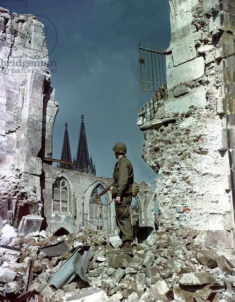 WW II Cologne 1945 (photo)