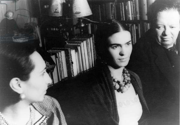 FRIDA KAHLO (1907-1954) Mexican painter. Frida Kahlo (center), photographed by Carl Van Vechten with her husband Diego Rivera and friend Malu Block, 1932.