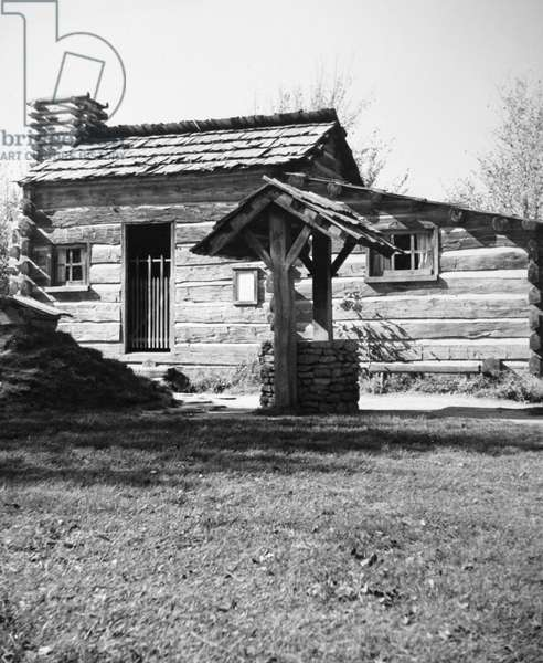 ILLINOIS: LOG CABIN, c.1830 Homesteader's log cabin in Illinois.