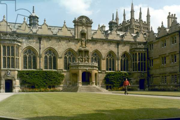 ENGLAND: ORIEL COLLEGE Oxford University.