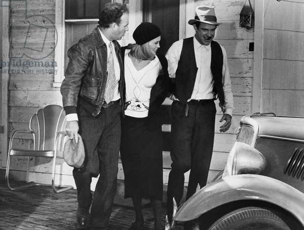 FILM: BONNIE & CLYDE From left: Gene Hackman, Faye Dunaway, and Warren Beatty in the 1967 film 'Bonnie and Clyde.'