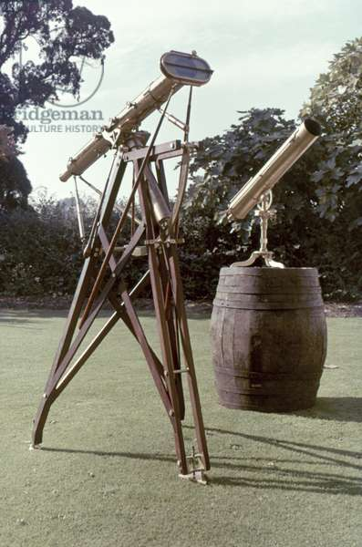 ASTRONOMICAL TELESCOPES Used by Captain James Cook to navigate the sea.
