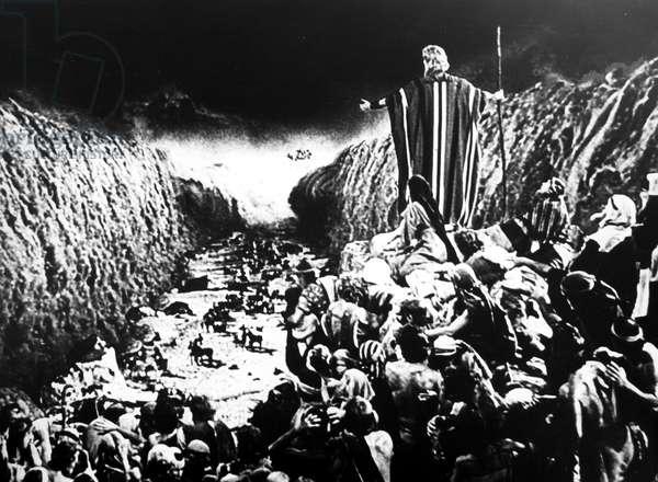 THE TEN COMMANDMENTS, 1956 Charlton Heston as Moses.