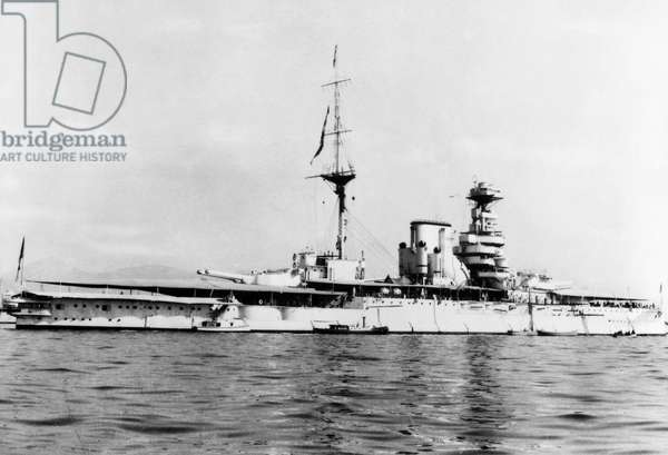 HMS QUEEN ELIZABETH, 1913 The English dreadnought launched in 1913.