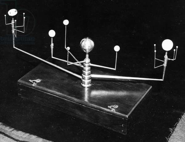 JEFFERSON: PORTABLE ORRERY Portable orrery owned by President Thomas Jefferson.
