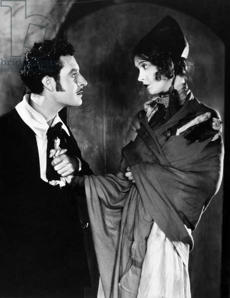FILM: LA BOHEME, 1926 Lilian Gish as Mimi and John Gilbert as Rodolphe in a silent movie, 1926, based on Giacomo Puccini's opera and directed by King Vidor.