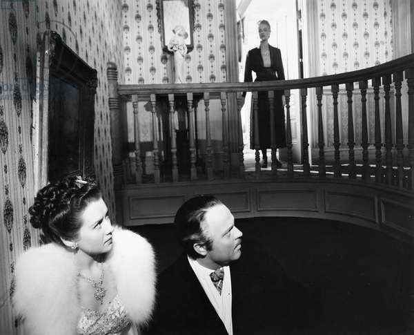 FILM: CITIZEN KANE, 1941 Ruth Warrick, Orson Welles, and Dorothy Comingore in a scene from the 1941 motion picture 'Citizen Kane.'