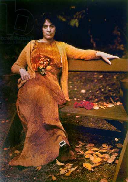 STIEGLITZ: FASHION, 1907 Mrs. Selma Schubart wearing a pleated silk dress by Fortuny. Autochrome by Alfred Stieglitz, 1907.
